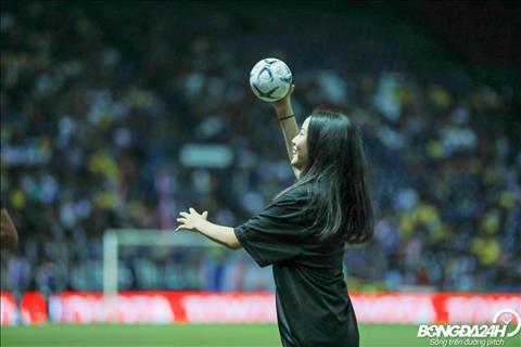 Dàn hoạt náo viên xinh đẹp trận Thái Lan vs Việt Nam hình ảnh