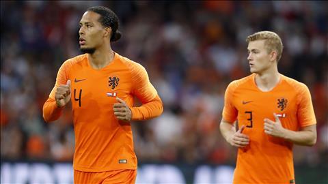 HLV Koeman khen Cặp trung vệ Van Dijk và De Ligt của ĐT Hà Lan hình ảnh