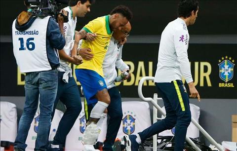 Neymar dính chấn thương và phải rời sân sớm trận giao hữu Qatar  hình ảnh