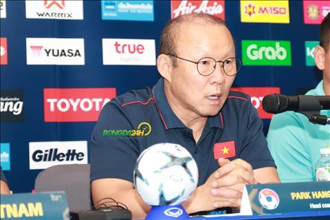 HLV Park Hang Seo về Hàn Quốc kiểm tra sức khỏe sau Kings Cup hình ảnh