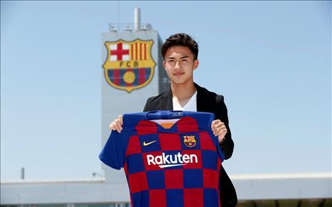 Barca chiêu mộ thành công tiền vệ Hiroki Abe người Nhật Bản hình ảnh
