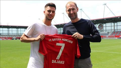 Chính thức Bayern chiêu mộ thành công sao trẻ Dajaku hình ảnh