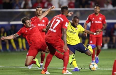 Arsenal, Bayern cong hien cho nguoi ham mo tran dau hap dan.