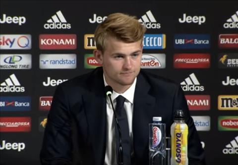 VIDEO Buổi họp báo đầu tiên của Matthijs De Ligt ở Juventus hình ảnh
