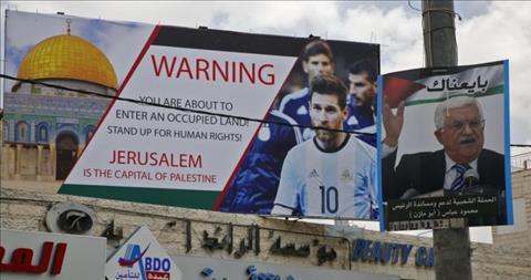 Chủ tịch cà khịa Messi và cái kết đắng ngắt hình ảnh