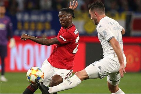 Wan-Bissaka cua MU vs Leeds