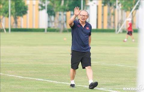 HLV Park Hang Seo đưa gần 100 cầu thủ vào danh sách sơ bộ ĐT Việt Nam hình ảnh