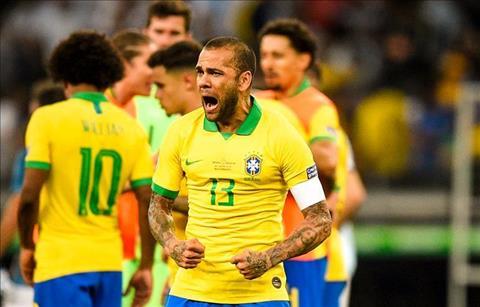 Dani Alves o Brazil