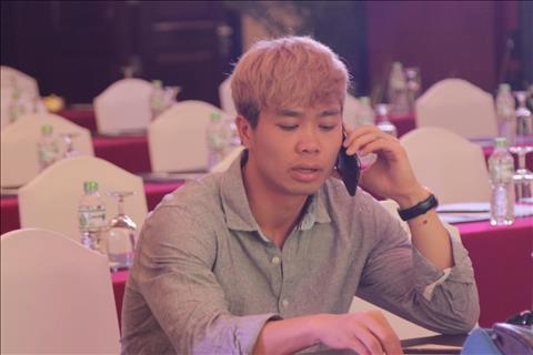 Cong Phuong sang CLB Bi