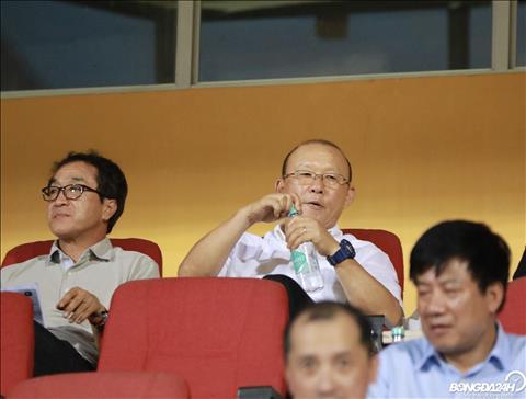 Được thầy Park triệu tập lần đầu, trung vệ TP HCM nói gì hình ảnh