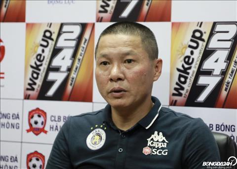 HLV Chu Đình Nghiêm lên tiếng xin lỗi vì tính bật trọng tài hình ảnh