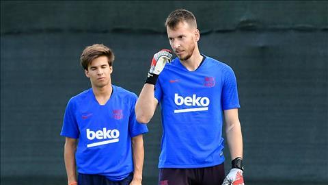 Thủ môn Neto chấn thương có thể lỡ trận gặp Bilbao hình ảnh