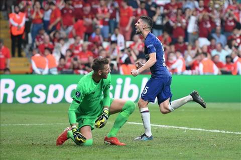 Jorginho go hoa 2-2 cho Chelsea tren cham 11m o hiep phu