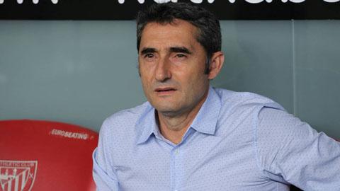 HLV Valverde noi ve tran thua Bilbao
