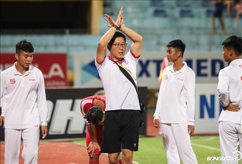 ẢNH Hai tuyển thủ Viettel dính chấn thương, HLV Park Hang Seo thêm nỗi lo hình ảnh 2