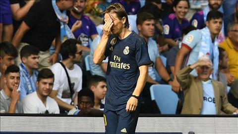 Tiền vệ Modric nói gì khi phải nhận thẻ đỏ đầu tiên ở La Liga hình ảnh
