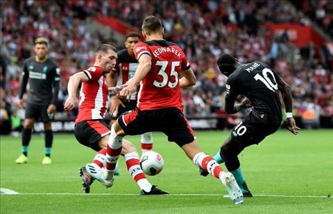 Liverpool vượt khó trước Southampton Ngày Mane cởi nút thắt hình ảnh 2