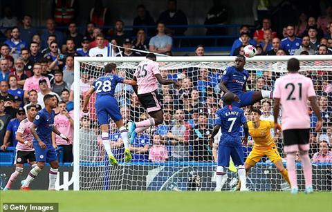 Wilfried Ndidi go hoa cho Leicester