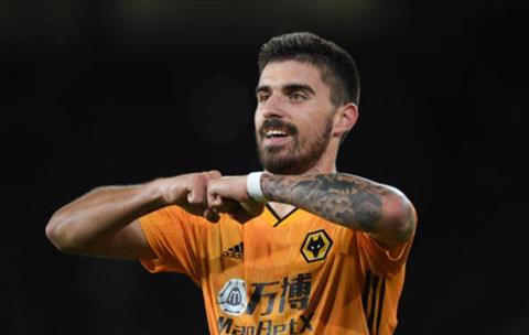 Ruben Neves go hoa cho Wolves bang mot sieu pham