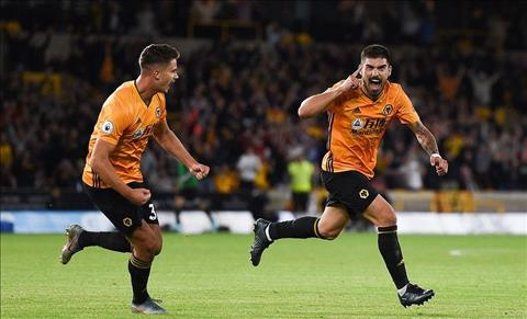 Neves ghi ban cho Wolves