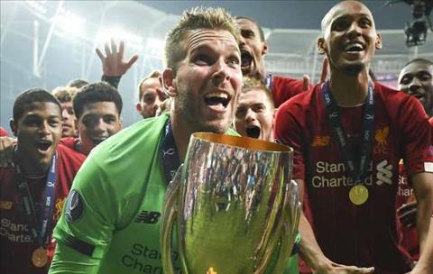 Bất chấp sai lầm, thủ môn Adrian hạnh phúc ở Liverpool hình ảnh