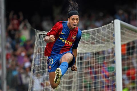 Ronaldinho Gã Brazil ham tiệc tùng thay đổi thế giới bóng đá (P5) hình ảnh