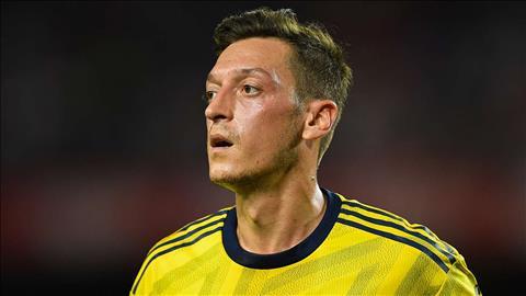 Mesut Ozil đưa ra lời khuyên cho lứa trẻ Arsenal hình ảnh