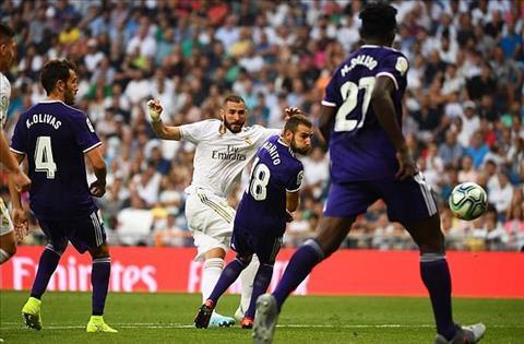 Real vs Valladolid Benzema ghi ban thang dep