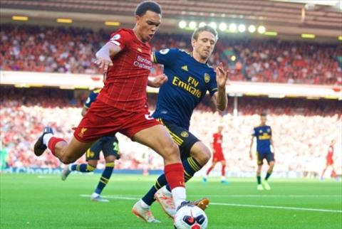 Alexander-Arnold noi ve tran Liverpool vs Arsenal