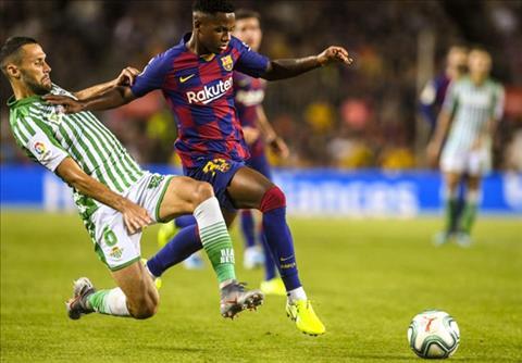 Barcelona giới thiệu cầu thủ trẻ nhất Barca trong gần 80 năm hình ảnh