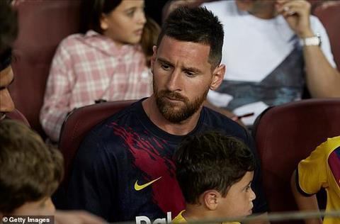 Barca tiếp tục nhận tin không vui chút nào về Lionel Messi hình ảnh