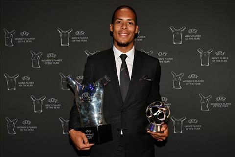 Van Dijk xuất sắc nhất năm của UEFA, nhưng hình ảnh