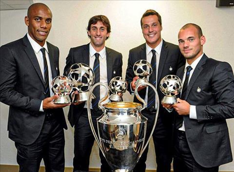 Tu trai qua phai, Maicon, Diego Milito, Julio Cesar, Wesley Sneijder, 4 tru cot giup Inter hoan tat cu an ba o mua giai 2009/10.