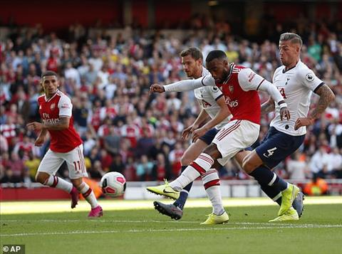Lacazette arsenal vs tottenham