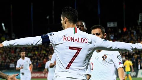 Lithuania 1-5 Bồ Đào Nha Lập poker, một tay Ronaldo hủy diệt nhược tiểu hình ảnh 2