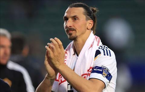 Aurelio De Laurentiis thừa nhận Ibrahimovic là động lực Napoli hình ảnh