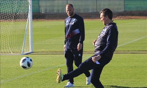 Eidur Gudjohnsen thừa nhận chưa đủ trình để trở lại Chelsea huấn luyện hình ảnh
