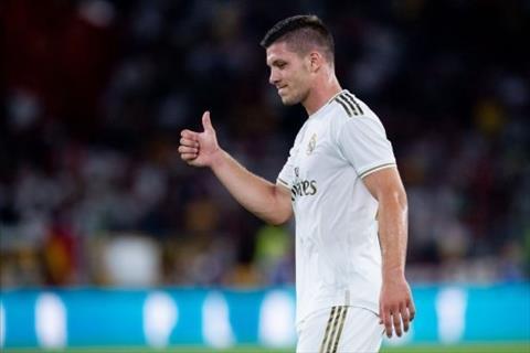 Luka Jovic bình phục chấn thương, có thể ra sân trước Levante hình ảnh