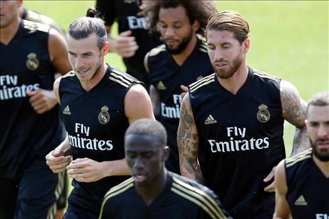Real nhận tin không mấy vui vẻ từ thủ quân Sergio Ramos hình ảnh