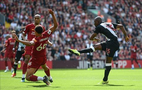 Liverpool vs Newcastle Cơn giận dữ đáng ca ngợi của Mane hình ảnh
