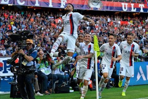 Neymar ghi bàn vào lưới Strasbourg hình ảnh