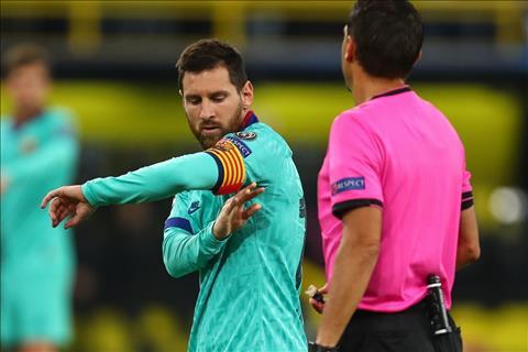 Messi vao san trong hiep 2 nhung khong de lai duoc dau an nao