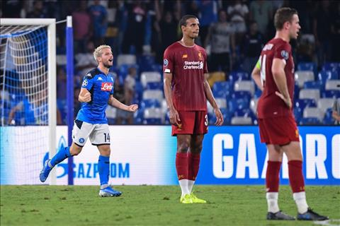 Rio Ferdinand nói về trận Napoli vs Liverpool hình ảnh