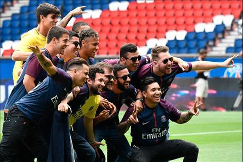 Los Toiss: Hội bạn bè có ảnh hưởng lớn nhất đến mọi động thái của Neymar