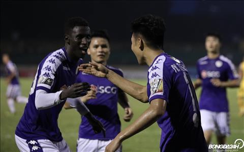 Hà Nội FC vô địch sớm hai vòng đấu nhưng vẫn còn nỗi lo hình ảnh