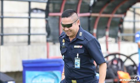 Piyapong Pue-on la chan sut huyen thoai cua bong da xu chua Vang khi ghi den 70 ban trong 100 tran ra san cho DT Thai Lan.