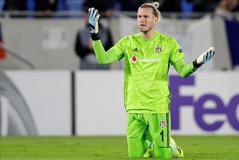 Thủ môn Loris Karius lại kiến tạo cho đội bạn ở Europa League hình ảnh
