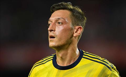Thêm một tên tuổi kêu gọi Arsenal thanh lý Mesut Ozil hình ảnh