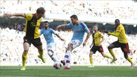Tiền vệ Bernardo Silva an ủi Watford sau màn thảm sát ở Etihad hình ảnh