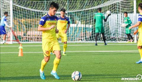 Truong thanh cung lua voi Quang Hai, Doan Van Hau,... Bui Tien Dung lai lan dan hon mot so dong doi tung gop mat o ban ket VCK U19 chau A 2016.